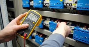 للتسجيل في تكوين تركيب الكهرباء الصناعية